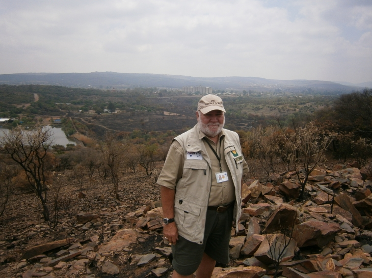 Battlefield Guide Dennis overlooking Elands River