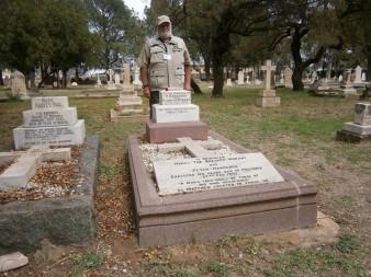 thumbnail_BWAR Grave site Pretoria of Morant & Handcock BVC